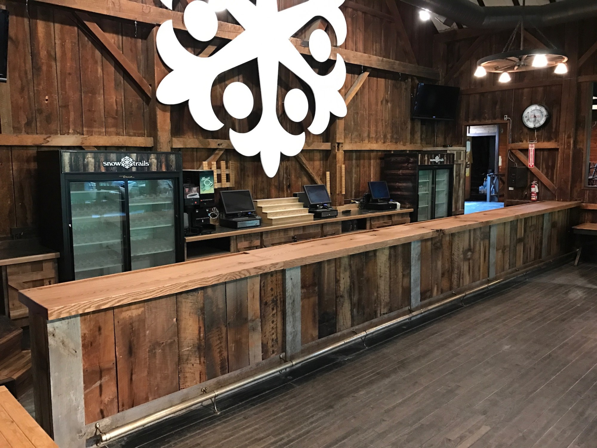 The Snowflake Loft Bar Reconstruction at Snow Trails