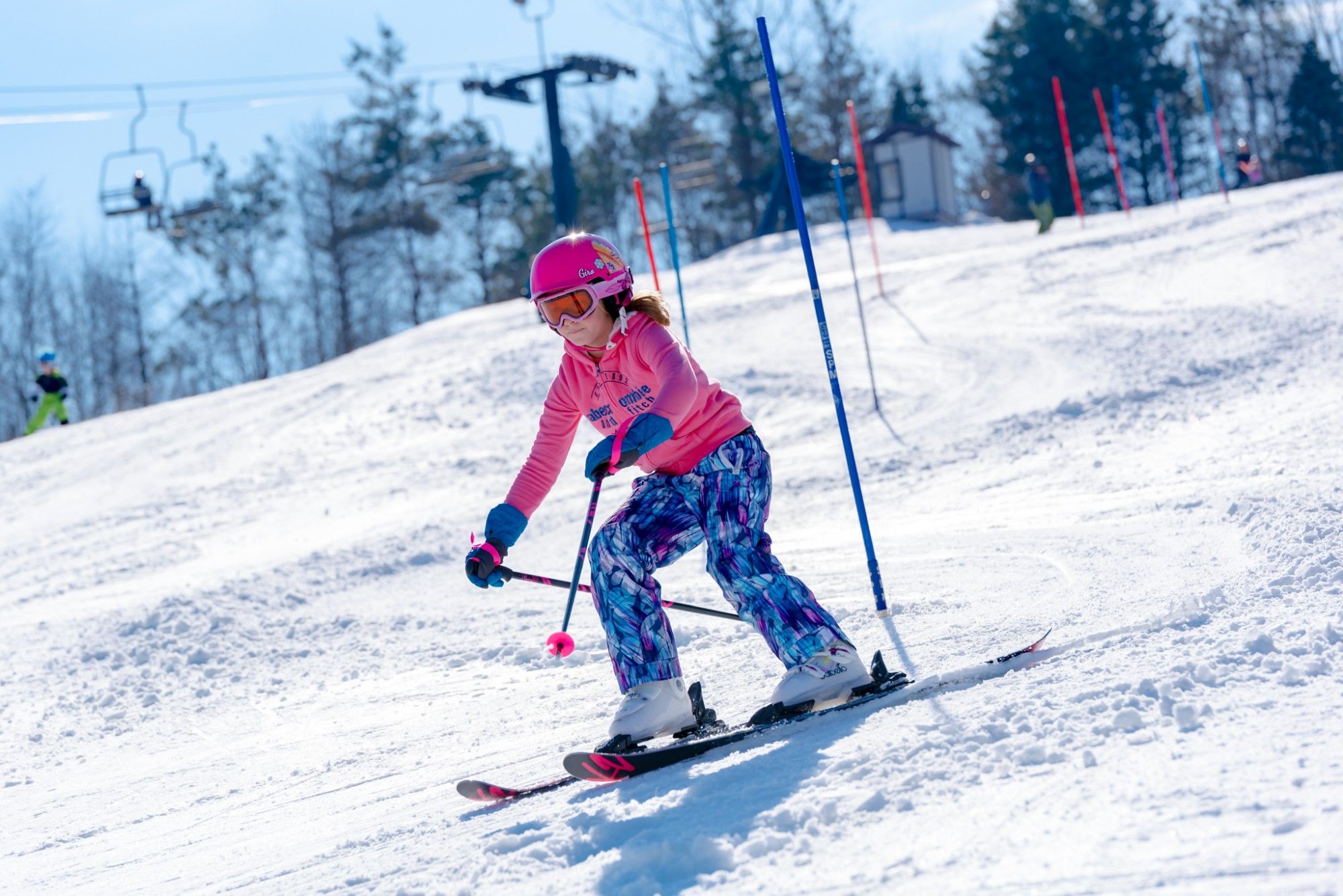 Slalom-Standard-Race-Snow-Trails