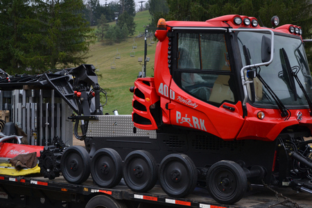 New Pisten Bully 400 Park Edition Snow Cat