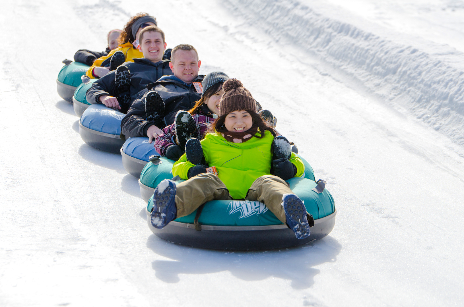 Snow Tubing with Friends at Snow Trails Vertical Descent Tubing Park #SnowTrailsOH