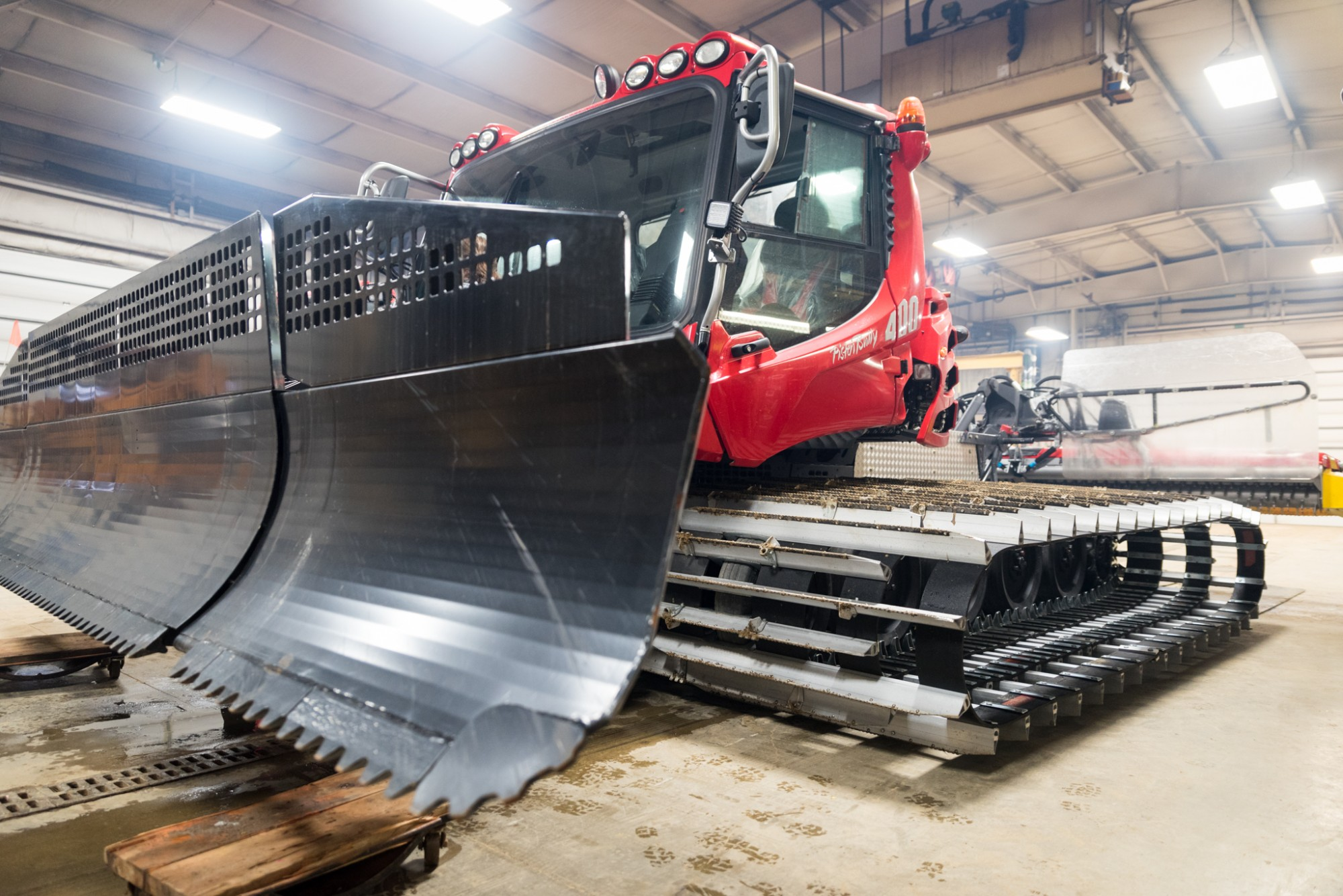 Pisten Bully 400 Snow Cat arrives at Snow Trails in Mansfield, OH