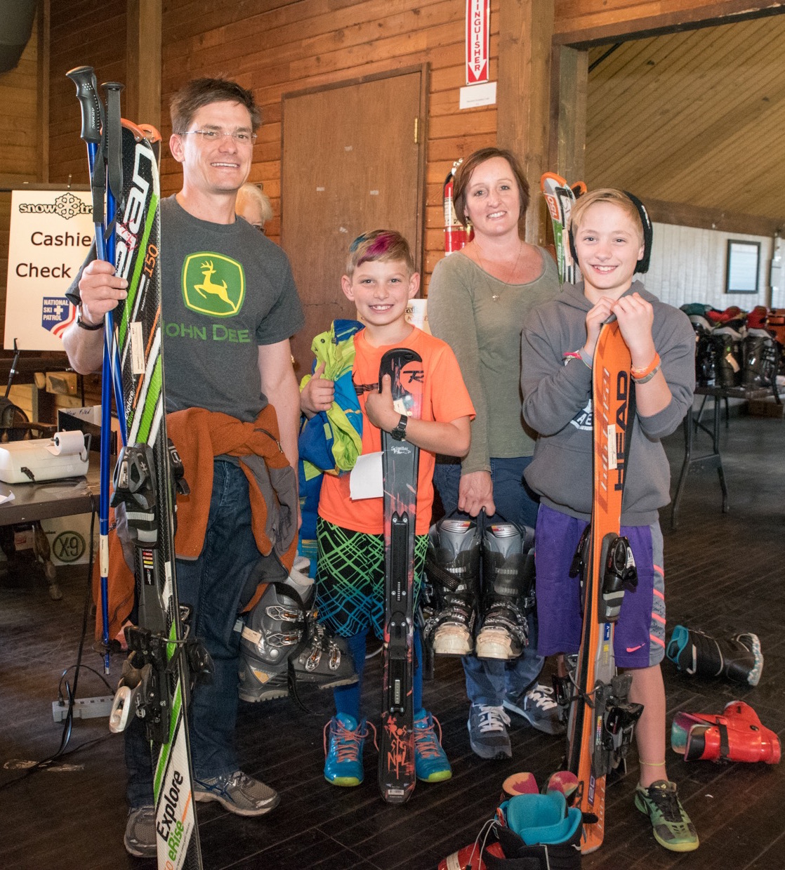 Cash for Your Ski and Snowboard Gear at Snow Trails