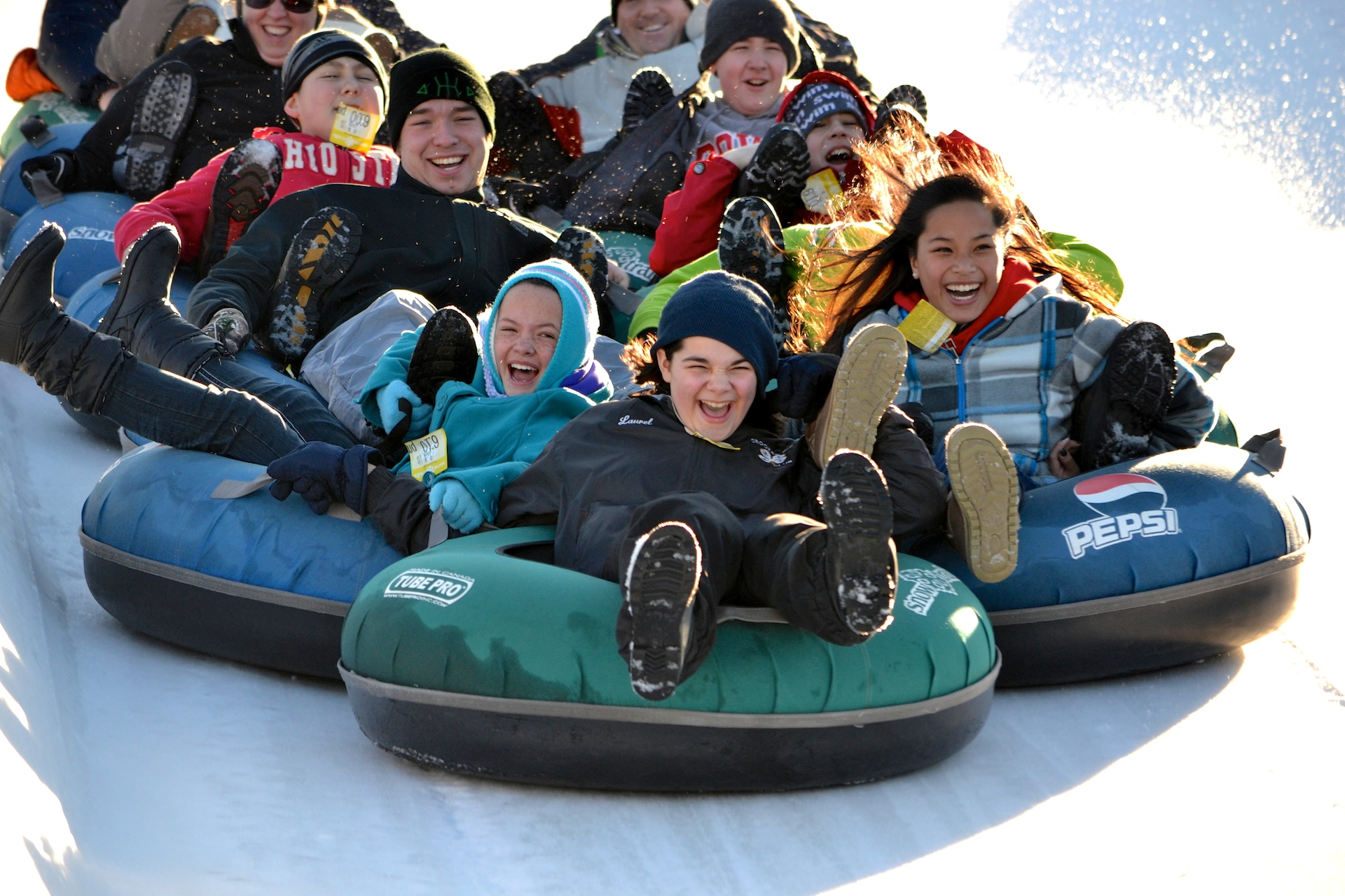 Vertical-Descent-Tubing-Park-At-Snow-Trails