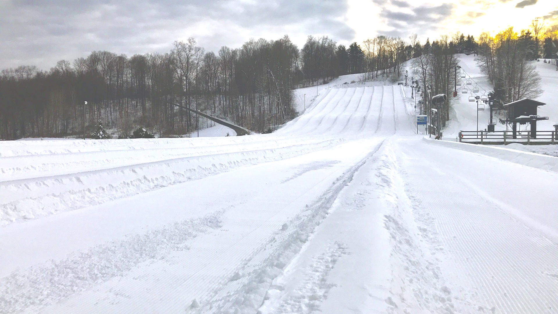 Vertical Descent Tubing Park at Snow Trails in Mansfield, Ohio